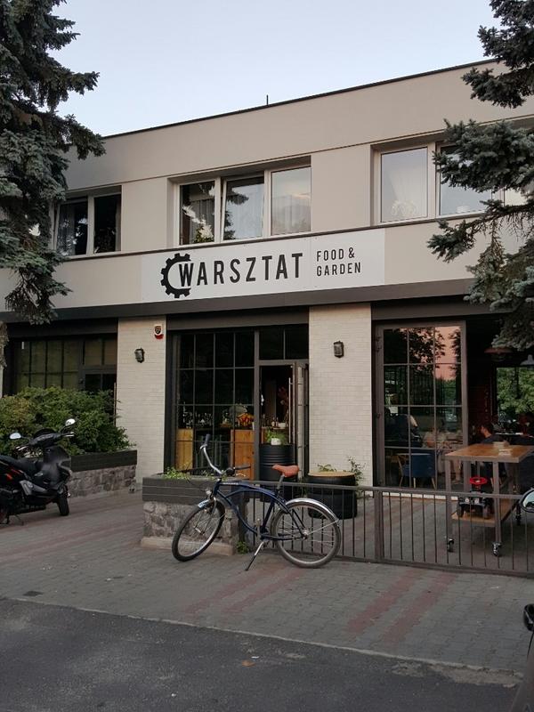 Ogromny Restauracja Warsztat Food & Garden we Wrocławiu UM47