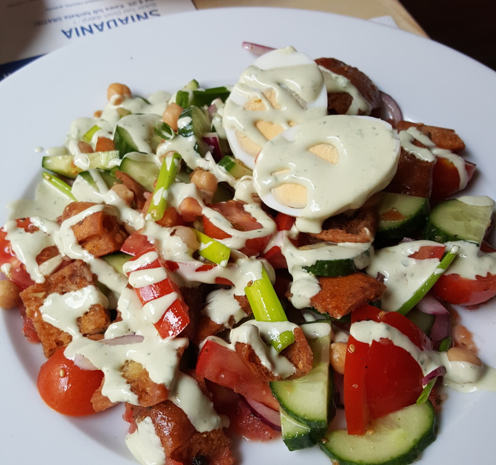 Restauracja Shipudei Berek sałatka
