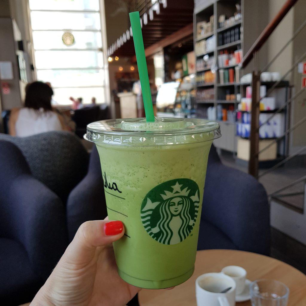 lody matcha - Starbucks frappuccino