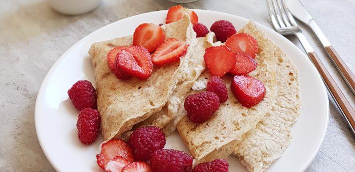 Wegańskie naleśniki owsiane | pomysł na szybkie śniadanie