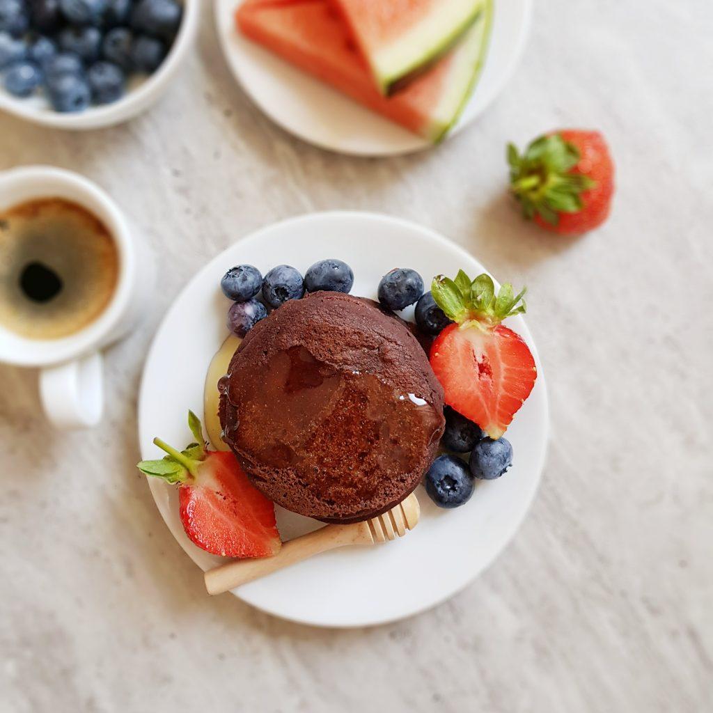 Pancakes ze śliwką i kakao