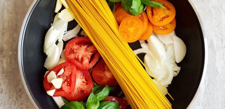 Włoska pasta z 1 garnka (one pan pasta)