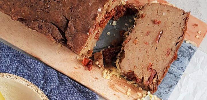 Pasztet z kaszą, pieczarkami i suszonymi pomidorami