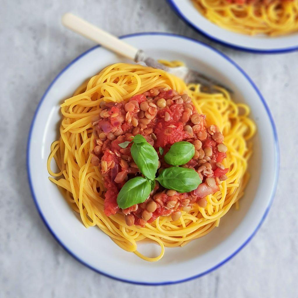 Spaghetti bolognese z soczewicą