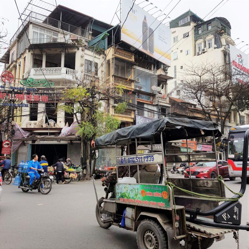 na ulicach Hanoi obowiązują specyficzne zasady ruchu
