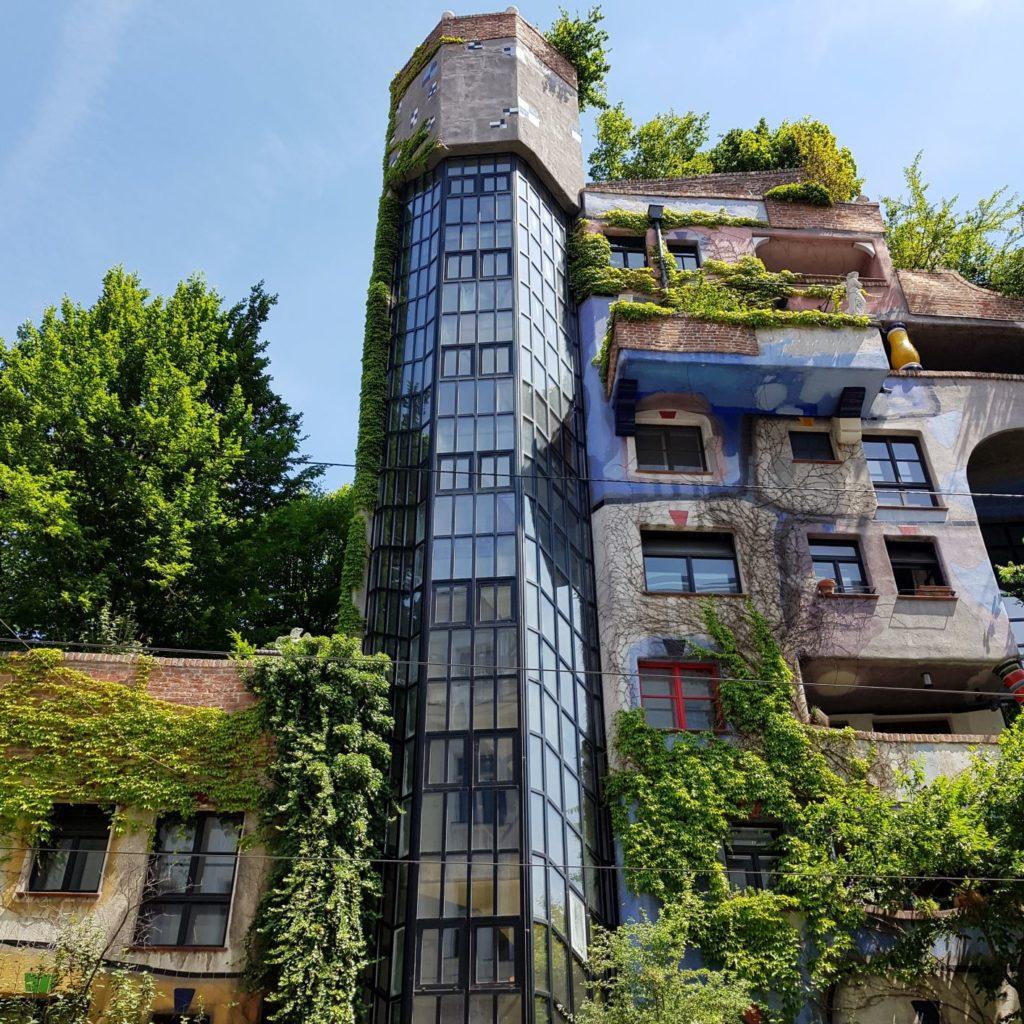 Hundertwasserhaus kolorowe domki w Wiedniu