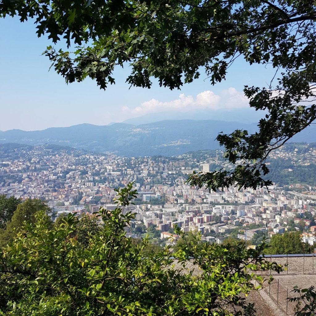 Lugano z Monte Bre