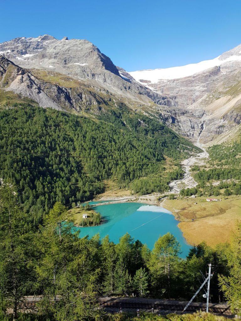 Jezioro pod Alp Grum