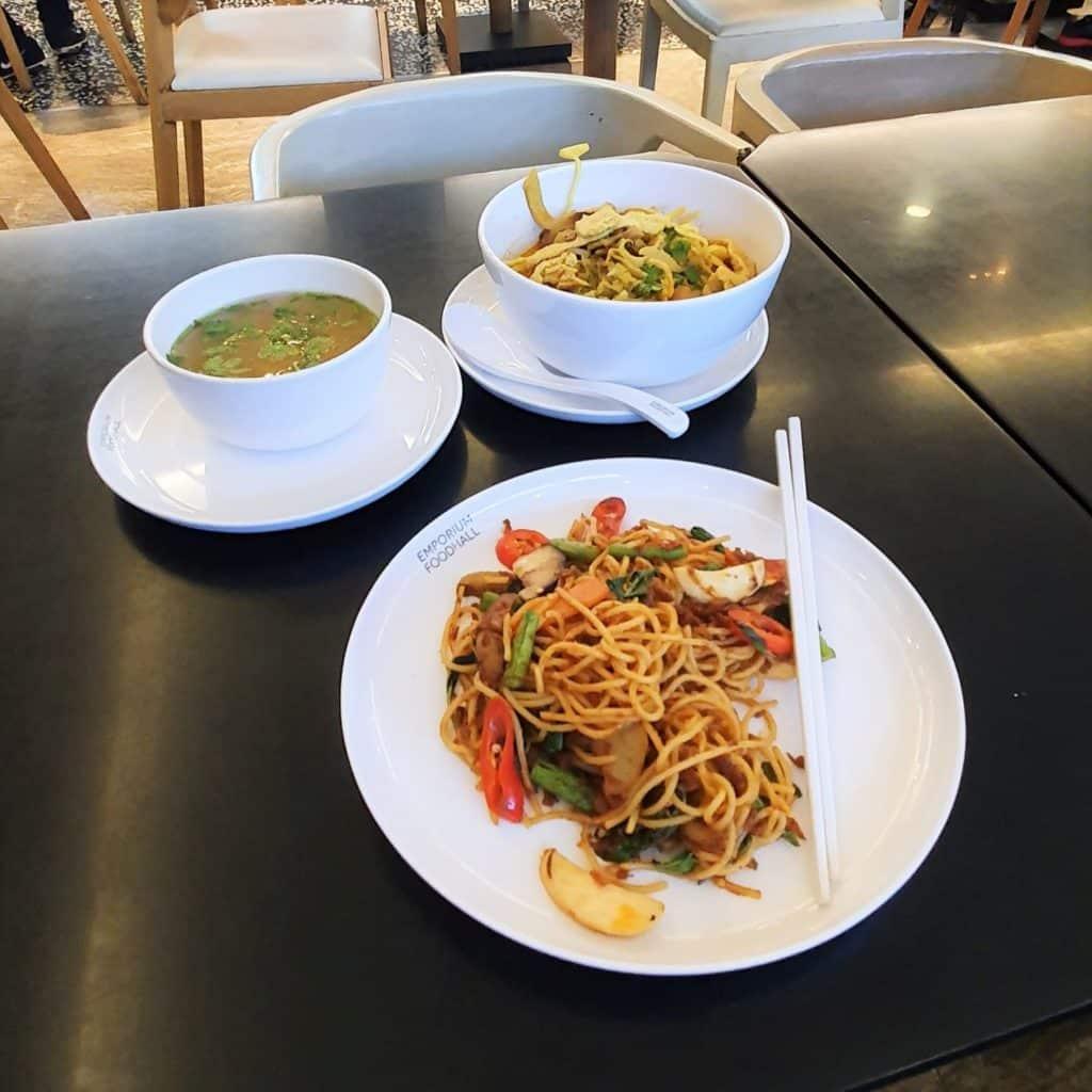 Wegański Bangkok spaghetti
