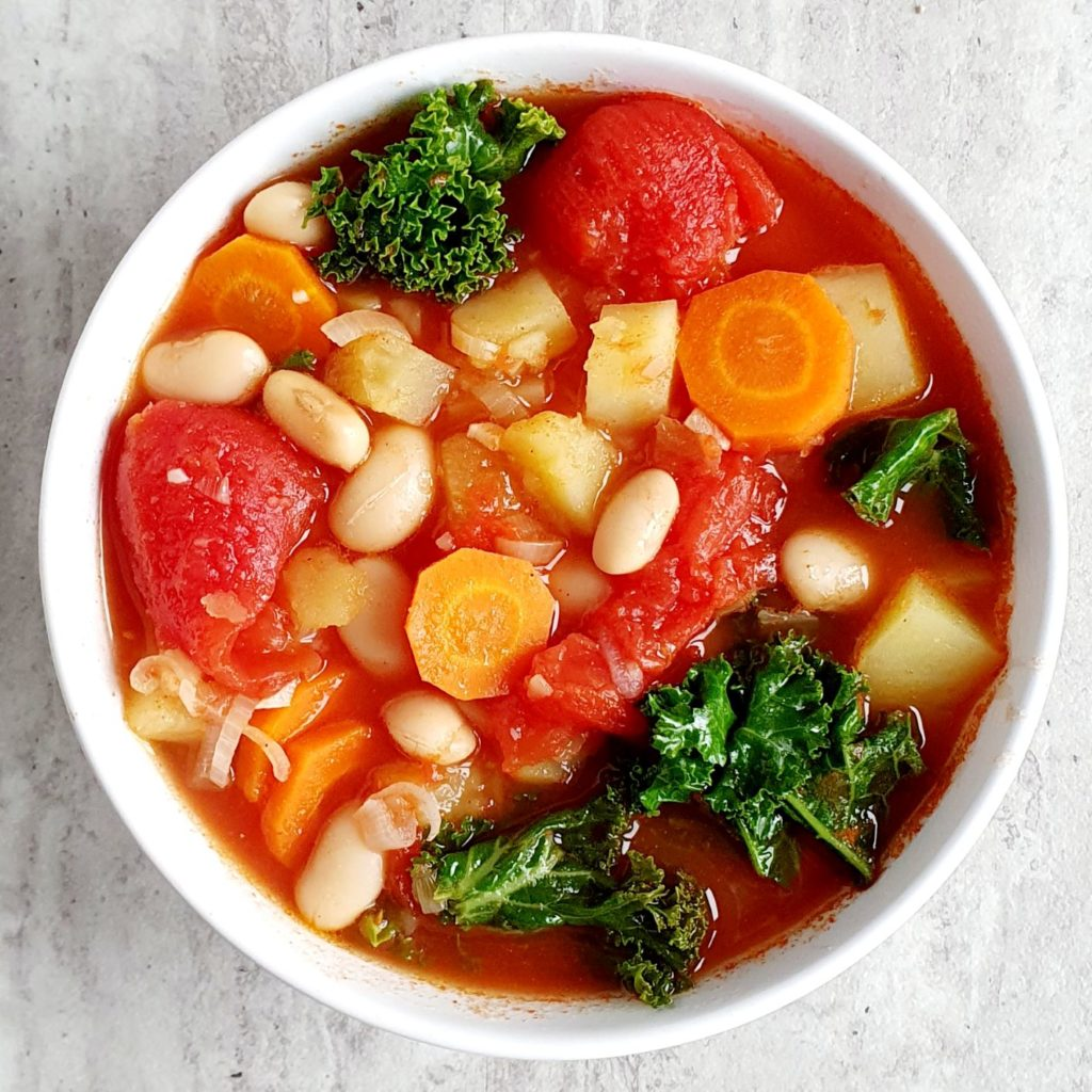 zupa z fasolą i ziemniakami