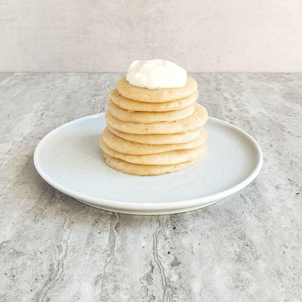 jogurtowe placuszki na śniadanie