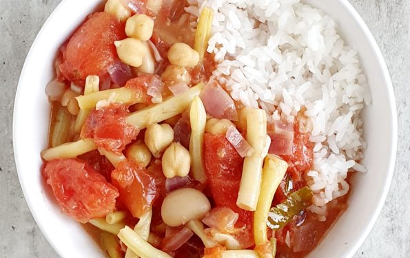 fasolowe curry z pomidorami