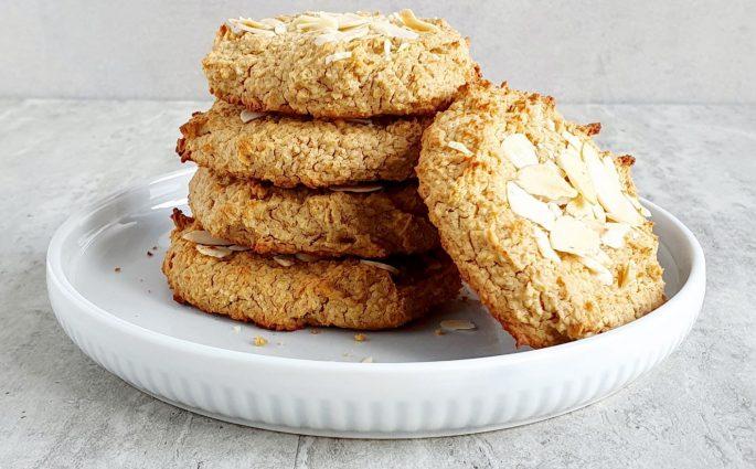 ciasteczka migdałowe z ciecierzycą
