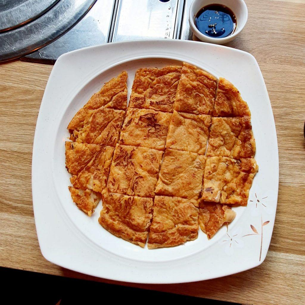 koreański placek z kimchi w MEI