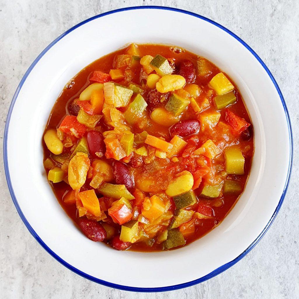 Aromatyczne warzywne chili sin carne