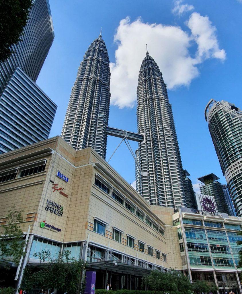 co warto zobaczyć w Kuala Lumpur Petronas Towers
