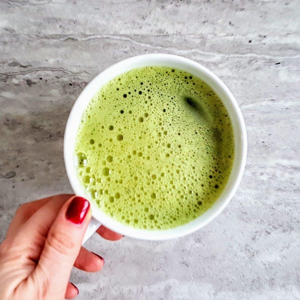 Zdrowe napoje na chłodne dni